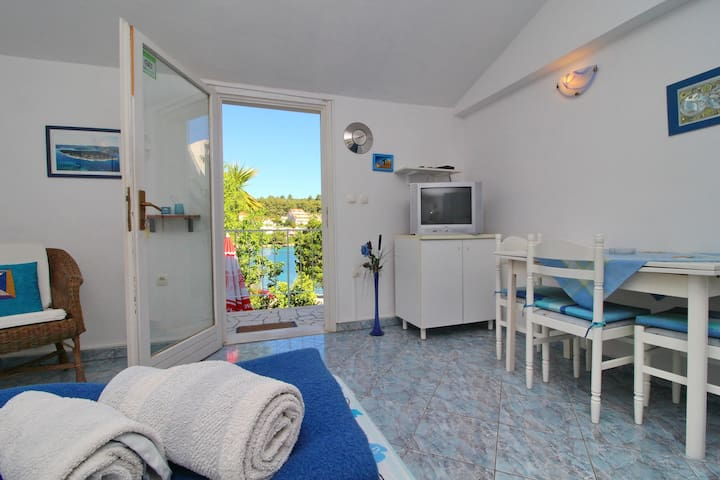 Apartments Val, Lumbarda - Standard Studio Apartment with Balcony and Sea View
