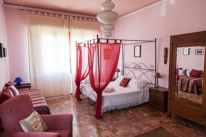Double room with private lounge - Lucca - Bed & Breakfast