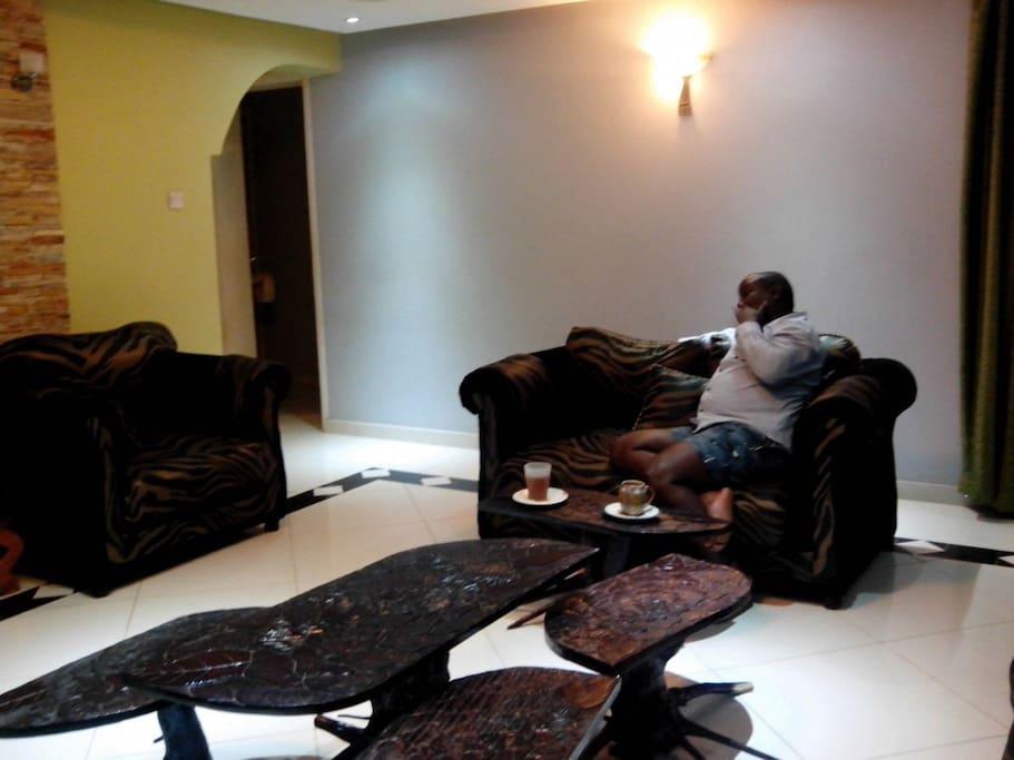 Exquisite interiors! Spacious sitting space