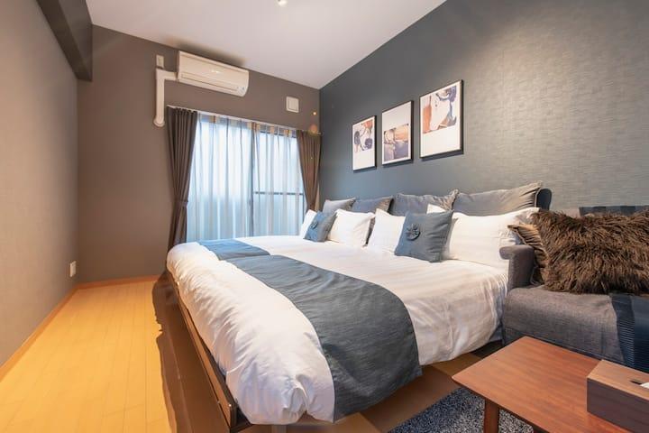 Osaka cozy room for 6!Shinsaibashi Free Wifi! #403