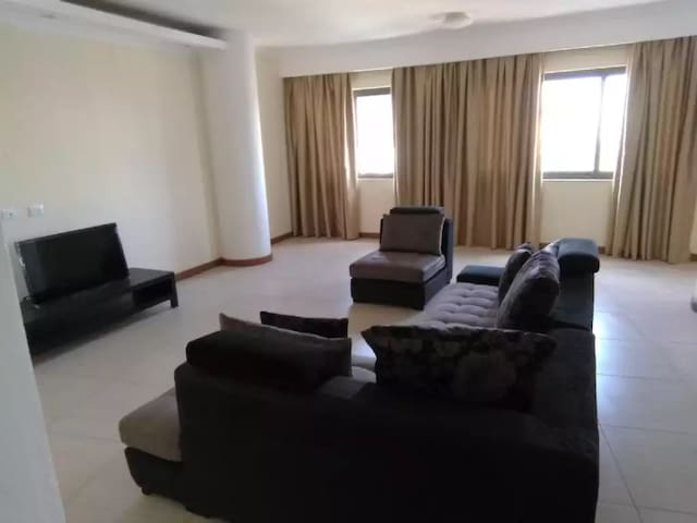 comfortable and cosy apt in the heart of the city