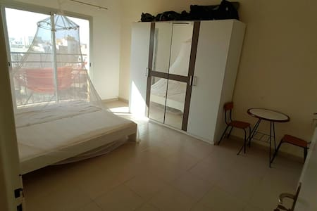 Room with private bathroom in Dakar - Ouakam