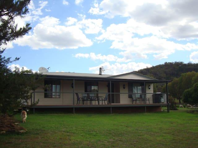 Glemoor Views Cottage - Menah, Mudgee - Rumah