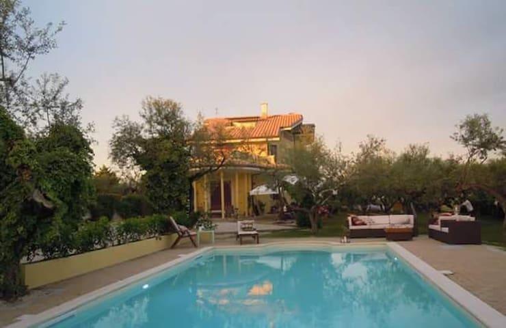 Appartamento Lavanda  Meraviglioso - Pianella - Bed & Breakfast