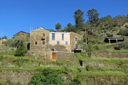 Casa Moreira in Loural w breakfast! - Colmeal - Bed & Breakfast