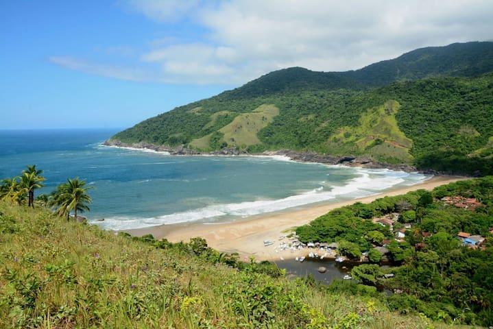 Considerada umas das praias mais bonitas do mundo.