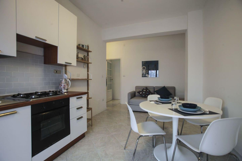 Una Finestra sul Naviglio - Apartments for Rent in Milano, Lombardia ...