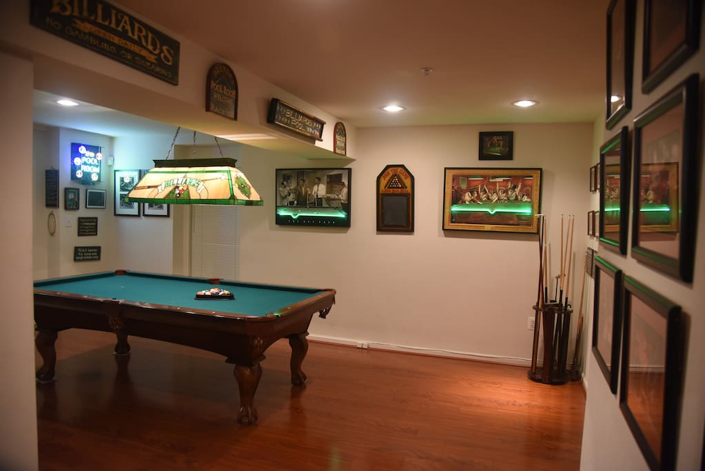 Amazing pool room