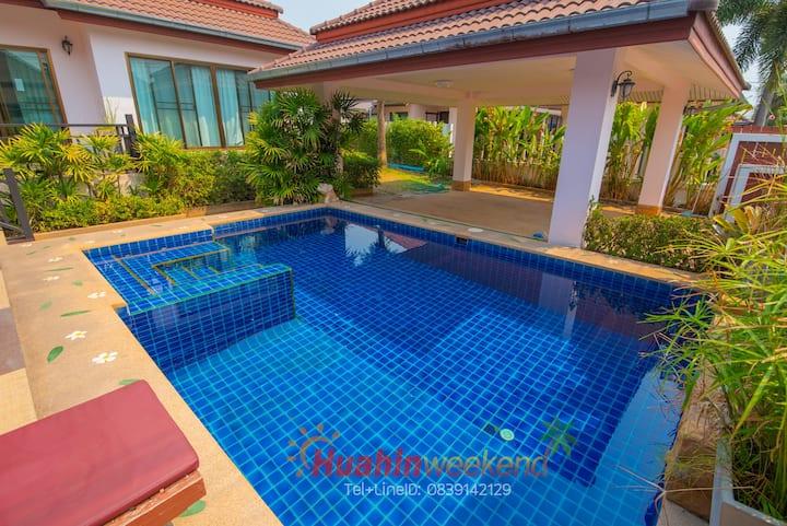 Bali stye pool villa Hua Hin