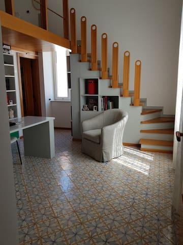 Zona giorno. Living room.