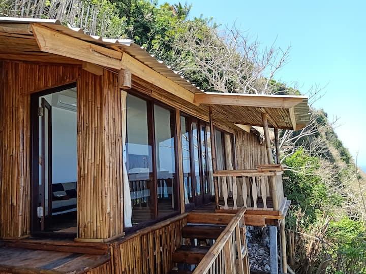 Romantic Nunggalan Hut 2