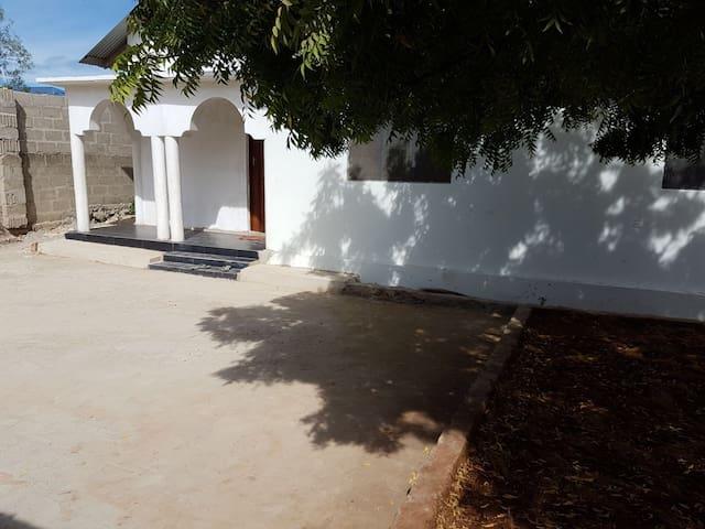 Kendwa Hostel