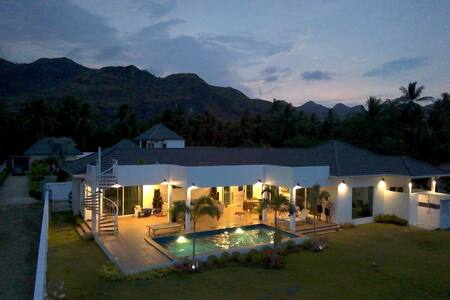 3 bedroom villa engulfed by peaks and beaches