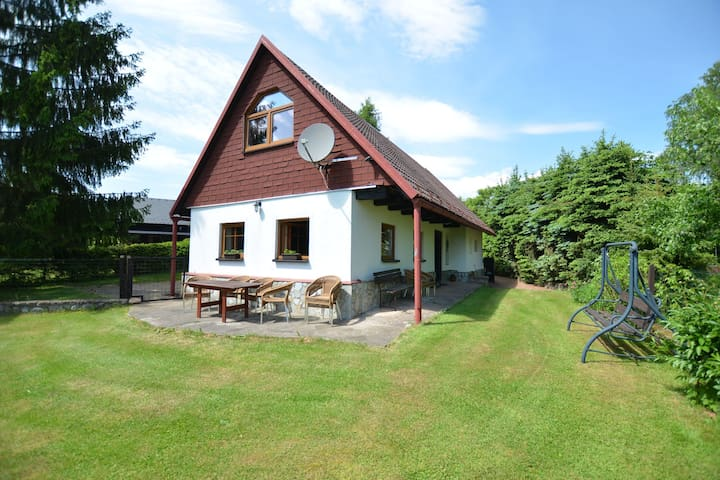Beautiful holiday home with private garden pool on the edge of the Riesengebirge