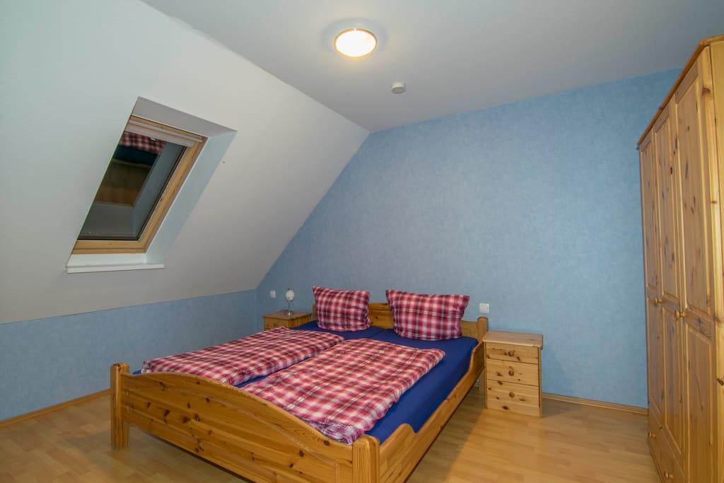 Schlafzimmer im Eingangsgeschoss