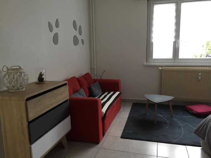 Studio meublé proche centre ville