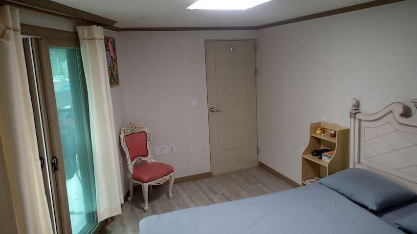 Sunny Gyerong Apartment - Gyeryong-si - 公寓