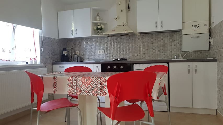 Lovely & cozy warm apartment close to citycentre