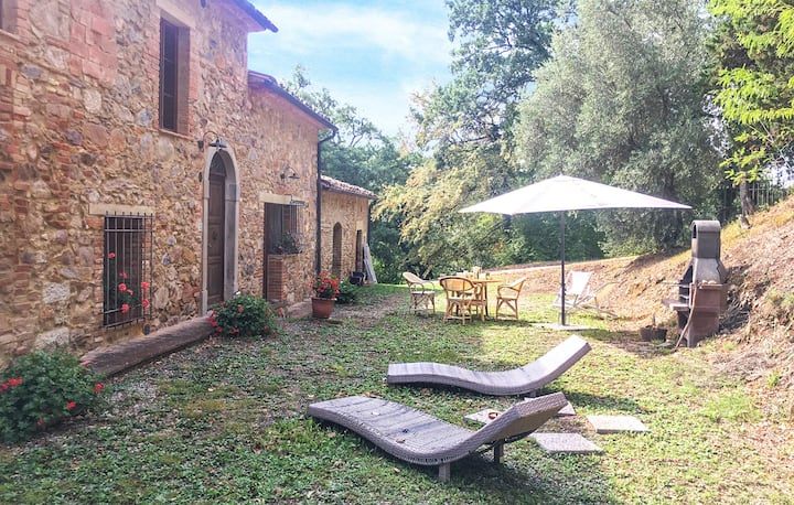 Beautiful home in Monticiano SI with 2 Bedrooms