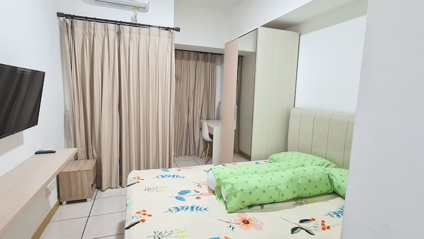 Fully furnished studio (Brand New) : AC, Queen Bed, Bed side table, TV, Wardrobe, Waterheater, Microwave, Stove, Cookerhood, Refrigerator, Dining Utilities,  Cleaning Utilities, Towels, Gordyn, Shower Utilities, etc