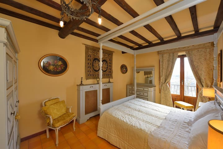 Jasmine Tea Apartment in the center - Montepulciano - Apartment