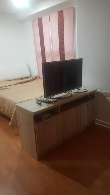 ทีวีเป็นsmart tvดูผ่านwifiได้