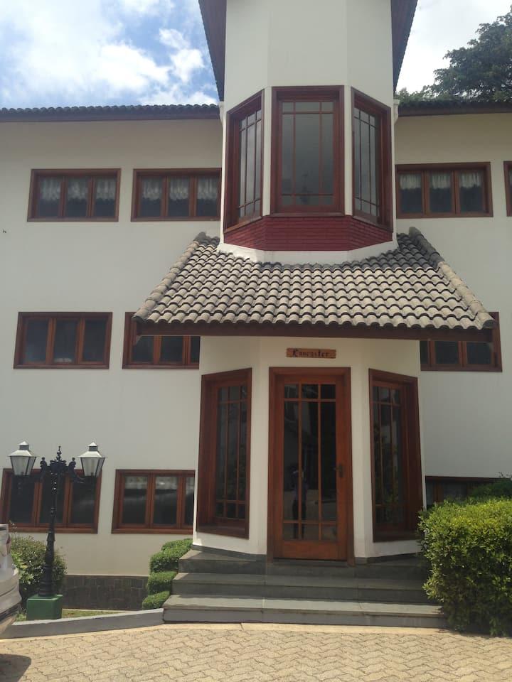 Apartamento Altos de Vila Inglesa