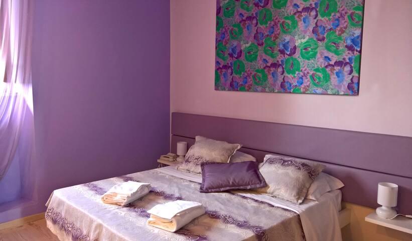 Romantic Family Room