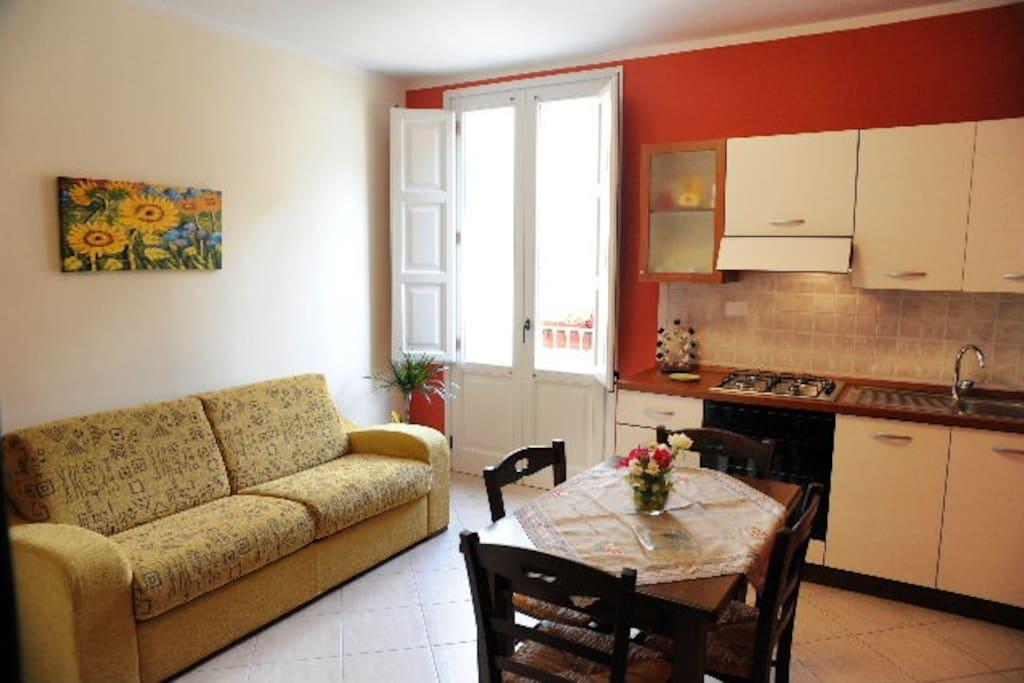 Elegante bilocale a 2 km dal mare appartamenti in for In legge suite in affitto