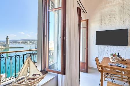 Vista Del porto-Luxury suites old port(faros)