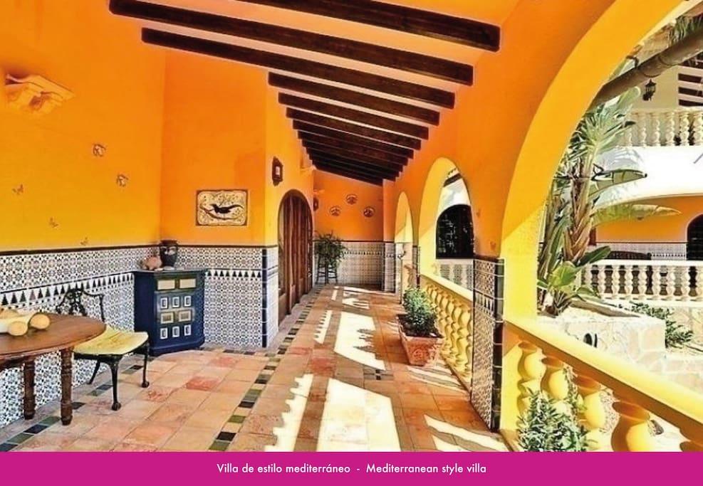 holiday villa in moraira