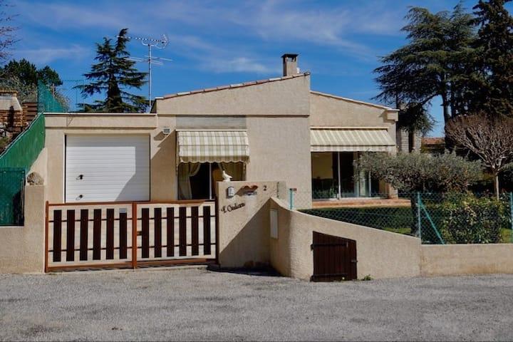 Villa climatisée avec piscine plein sud