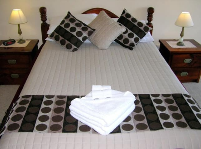 Comfortable Double Bed At Coffs Harbour
