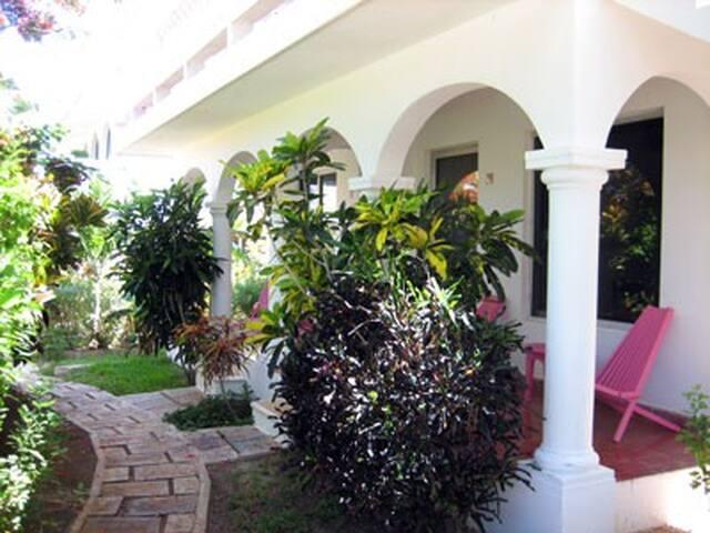 Villas Punta Sur 5 - One Bedroom Apart. upstairs