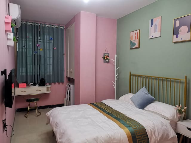 【悦舍•豆蔻】拍照超美,温馨浪漫大床房