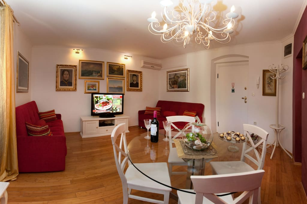 Old town stylish luxury apartment