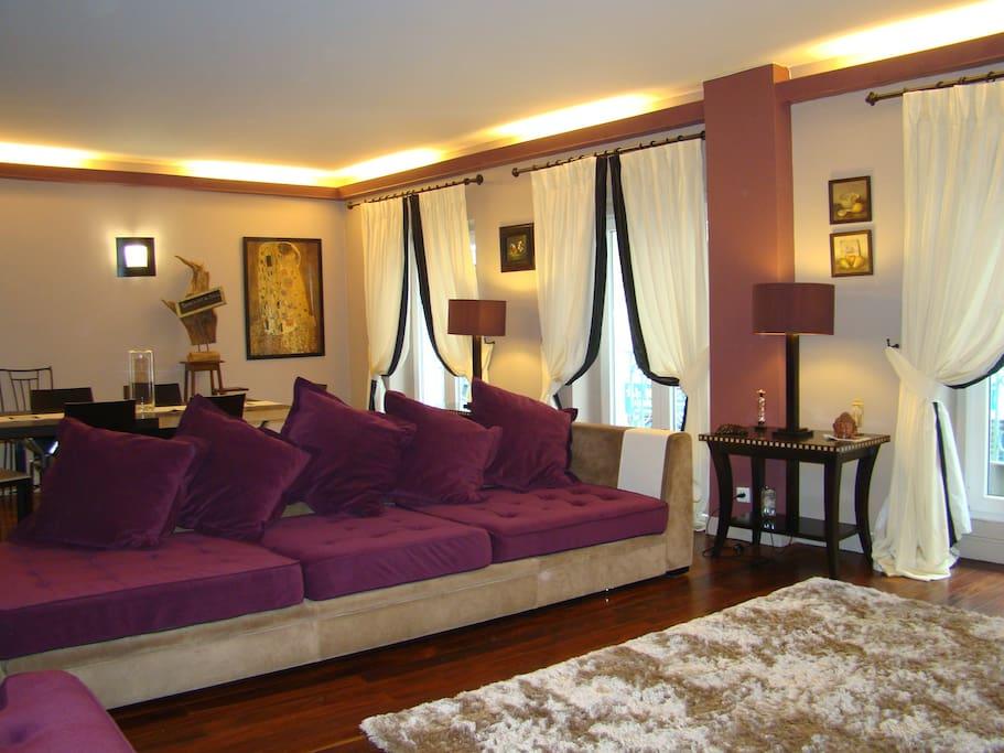 Grand Appartement Familial 140 M2 Loue Une Chambre