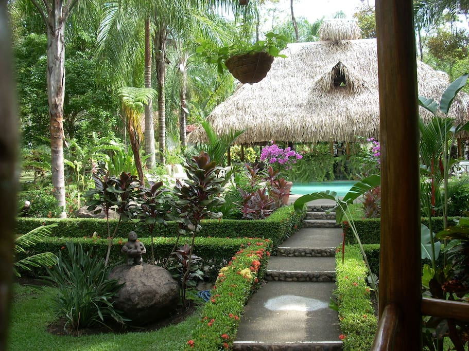 LA PALAPA - RAINFOREST VILLA