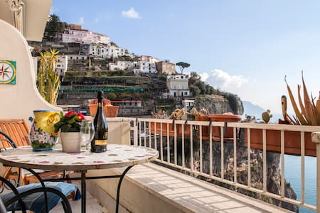 Gioia self catering apt sea view.  - Amalfi