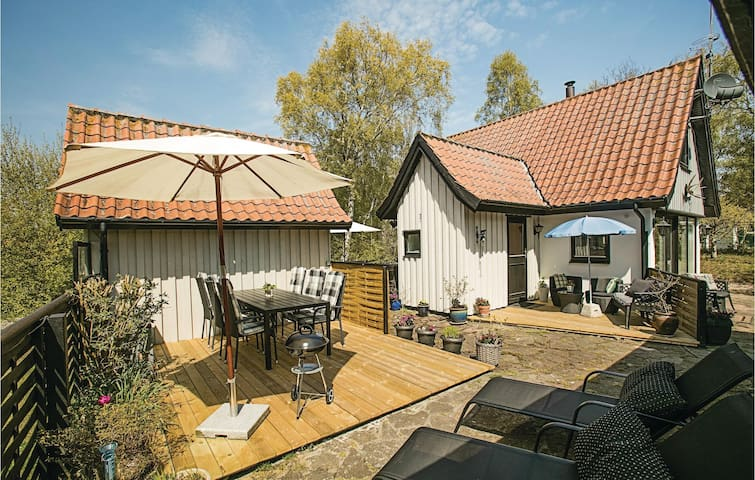 Holiday cottage with 2 bedrooms on 60m² in Nexø