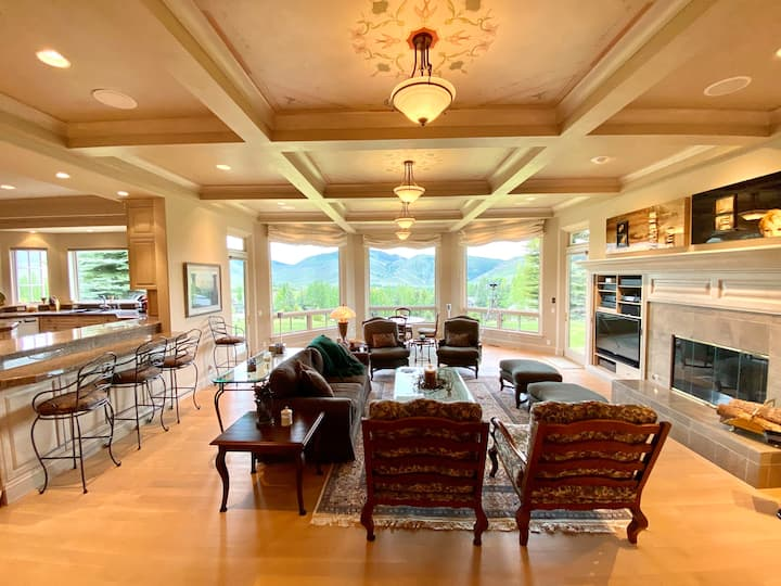 5,000 sq. ft. Estate with Stunning Views