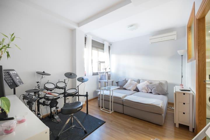 Alojamiento privado a 15 min centro con garaje