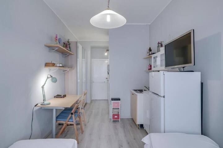 Guesthero Apartment - Bocconi Area