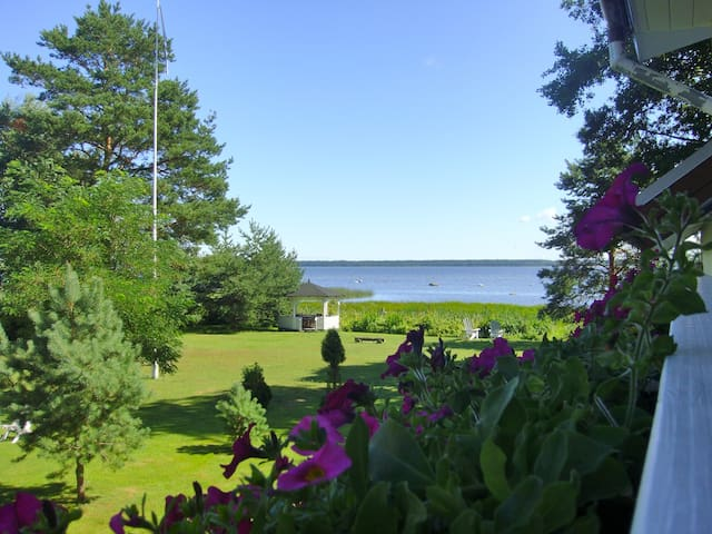 1-BR Apartment - garden/bay view (adults only)