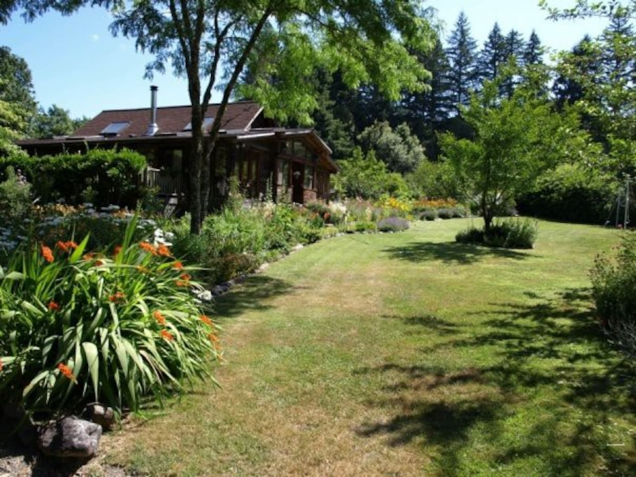 Myrtle Glen Farm - A haven of natural beauty and peaceful retreat.