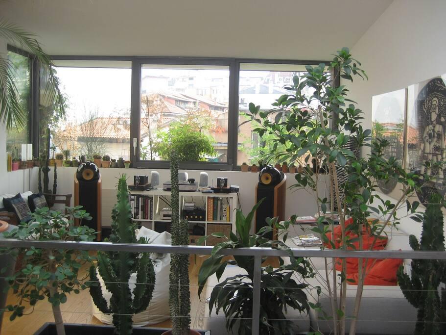 Grande appartamento su due piani appartamenti in affitto for Aggiungere piani casa