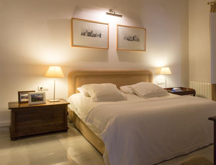 dormitorio principal, cama de 2x2