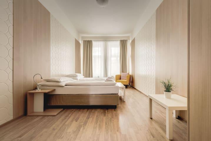 Bright Prague Castle Comfortable Apartment