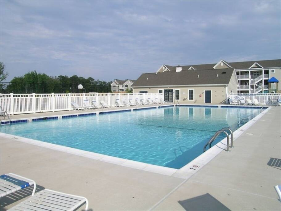 Main pool with Clubhouse (fitness center)