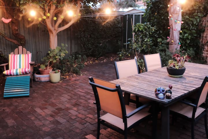 Quirky Mt Lawley Unit with Private Courtyard